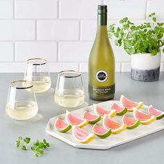 Wine Jelly, New Zealand Wine, Wedges Recipe, Legal Drinking Age, Alcoholic Cocktails, Drunk Driving, Christmas Cocktails, Sauvignon Blanc, Wine And Beer