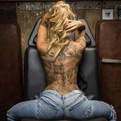 the inked babes of gorg Back Tattoos, Hot Tattoos, Body Art Tattoos, Girl Tattoos, Tattoos For Women, Tatoos, Woman Tattoos, Hot Tattoo Girls, Tattoed Girls