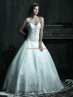 Robe de mariée couture princesse bustier dentelle cristal