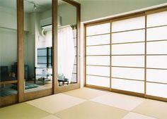 タテ桟のない障子や縁無しの畳ですっきりモダンな和室に