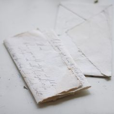 Letter writing on straw-dyed papers.