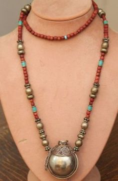 ANTIQUE WOOD & SILVER BEAD & PENDANT TRIBAL NECKLACE W SILVER DECANTER