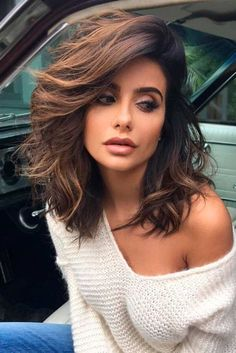 cute and sexy long bob hairstyle foe women. lob hairstyle for women.
