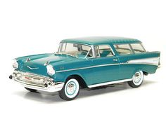 1957 CHEVROLET NOMAD WAGON Road Legends 1:18 SCALE DIECAST MODEL CAR 57' CHEVY