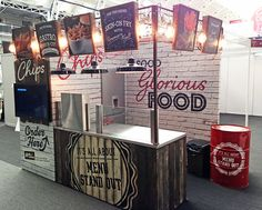 Afbeeldingsresultaat voor great example of street food stand design Food Stall Design, Food Cart Design, Restaurant Concept, Restaurant Design, Stand Design, Booth Design, Menue Design, Food Counter, Food Kiosk