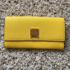 Henri Bendel New with out tags Henri Bendel yellow leather wallet henri bendel Bags Wallets Yellow Leather, Henri Bendel, Fashion Design, Fashion Tips, Fashion Trends, Continental Wallet, Leather Wallet, Wallets, Handbags
