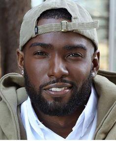 Black Men Beards – 69 Best Beard Styles for Black Men in 2018 – Be Trendsetter Fine Black Men, Gorgeous Black Men, Hot Black Guys, Handsome Black Men, Black Boys, Fine Men, Beautiful Men, Black Man, Handsome Man