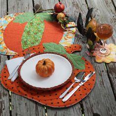 1debc8659 Pumpkin Placemats - Fairfield World Craft Projects