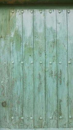 #Green #Door #CaminoDeSantiagoDeCompostela #Spain