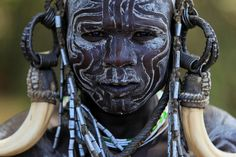Ethiopie: la règion de l'Omo; guerrier Mursi. by claude gourlay, via Flickr