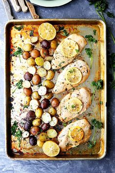 This Sheet Pan Chicken Is the Easy Dinner Your Monday Deserves — Delicious Links