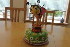 Uma abelhinha muito gulosa