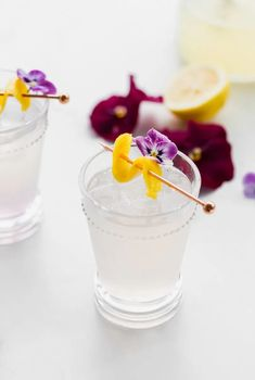 Homemade lemonade spiked with creme de violet liqueur. An chic floral cocktail for back patio sipping!