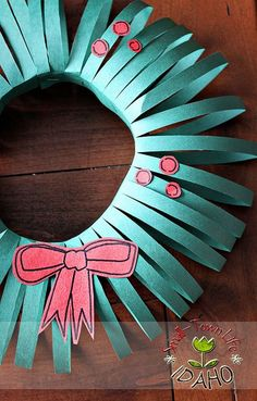 Our Small-Town Idaho Life: CONSTRUCTION PAPER WREATH TUTORIAL