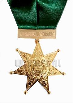 Nuestras #medallas no sin importadas son hechas 100% en el Perú y  les recordamos que somos fabricantes.Contacto: Witmetal@live.com