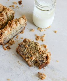 coconut banana bread with coconut cinnamon streusel @How Sweet Eats
