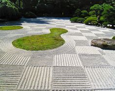 Flat garden (hira niwa) sand racked for moon viewing festival (O-Tsukimi) in checker board pattern in the Portland Japanese Garden