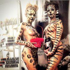 #bodypaint #tiger #polishgirls #makeup #makeupartists #Gold #Animal #hostessy #hostess #targi #topless #exhibition #art