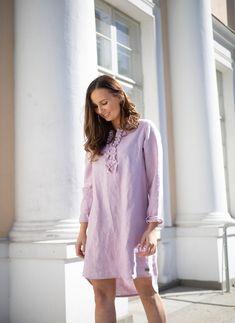 LINEN Ruffle Dress - pellavamekko, vaaleanpunainen | PURA Finland Ruffle Dress, Finland, Casual, How To Make, Dresses, Fashion, Moda, Vestidos, Fashion Styles