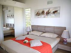 Location vacances villa Sainte-Anne: Chambre 3 orange lit 160