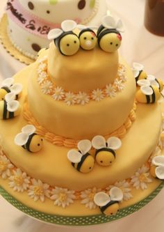 http://www.cakecentral.com/gallery/i/1825769/bee-cake