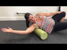 How to Relieve Pain Between the Shoulder Blades - Lat and Rhomboid Release - Mobility Mastery Shoulder Pain Relief, Neck And Shoulder Pain, Neck Pain, Psoas Muscle, Muscle Pain, Shoulder Blade Muscles, Roller Workout, Foam Roller Exercises, Physical Therapy