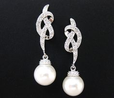 Swarovski ronde 10mm boucles d'oreilles perles par AllYourJewelry