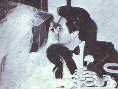 Net Image: Priscilla Presley and Elvis Presley: Photo ID: . Picture of Priscilla Presley and Elvis Presley - Latest Priscilla Presley and Elvis Presley Photo. Elvis Presley Pictures, Elvis Presley Family, Elvis And Priscilla, Priscilla Presley, Elvis Wedding, Wedding Day, Night Before Wedding, Cant Help Falling In Love, Las Vegas Hotels