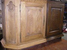 Donker meubel voor en na decaperen Chris Bernaert Moerestraat 31 8680 Koekelare 051 58 30 38 bernaert.chris@skynet.be