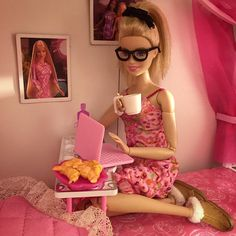 Pink nightgown Barbie (wearing black glasses + Hair UP!) ... on pink computer, on pink bed ... drinking coffee.  ADORABLE!