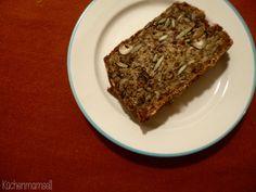 Lieblingsbrot mit Nüssen, Samen und Kernen life changing bread http://kuechenmamsell.blogspot.de/2015/05/lieblingsbrot-mit-kernen-nussen-und.html