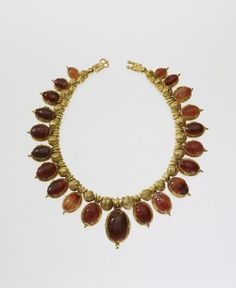Gold Filigree necklace     c.5th Century BC    Etruscan