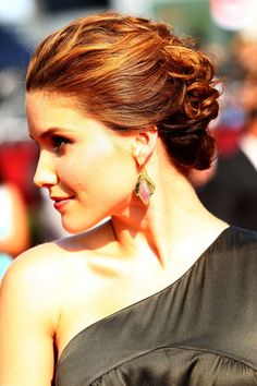 Google Image Result for http://www3.images.coolspotters.com/photos/267010/sophia-bush-and-updo-gallery.jpg