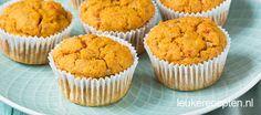 Deze hartige muffins op basis van zoete aardappel en speltmeel zijn lekker als lunch of als gezond tussendoortje