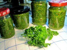 Parsley pesto, as I like it - Rezepte - Nudel Salat İdeen Chutney, Parsley Pesto, Vegan Memes, Nutrition, Vegan Lifestyle, Going Vegan, Gourmet Recipes, Dips, Food And Drink