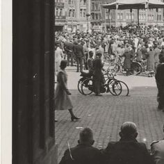 1940. Concert by De Wehrmacht at Dam square in Amsterdam. Photo Marjan Hielken. #amsterdam #worldwar2 #Dam