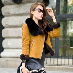 Genuine fur coat , fur coat short section of female special clearance USD$695.00