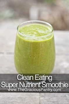 Clean Eating Super Nutrient Smoothie --- 1 apple, cored -- 1 banana -- 1 orange, peeled -- 1 Roma tomato -- 2 large handfulls spinach -- 1 tablespoon chia seeds -- Water – enough to get the consistency you want. Juice Smoothie, Smoothie Drinks, Healthy Smoothies, Healthy Drinks, Smoothie Recipes, Healthy Snacks, Healthy Recipes, Orange Smoothie, Smoothie Ingredients