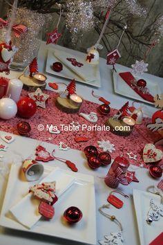 Une belle #décoration de #table pour #Noël ! #rouge #blanc http://www.m-habitat.fr/tendances-et-couleurs/deco-de-fete/decorer-sa-table-de-noel-pour-moins-de-30-3875_A