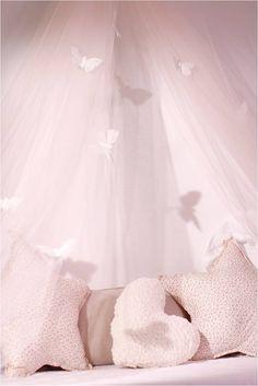 Avril et Jim bedroom Bed canopy, Little girl bedroom, Pink bedroom, Cushions, Butterflies, Tulle