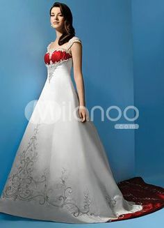 Yes I know it's a wedding dress but still very pretty