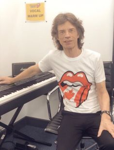 Glad to see you healthy and happy and on the road again Mick! Mick Jagger Rolling Stones, Billy Preston, Rolling Stones Logo, John Mayall, Moves Like Jagger, Ronnie Wood, Charlie Watts, Stevie Ray Vaughan, Keith Richards