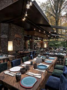 Steak 🖤 Render b Outdoor Restaurant Patio, Grill Restaurant, House Restaurant, Restaurant Interior Design, Cafe Interior, Cafe Design, House Design, Forest Cafe, Interiores Design