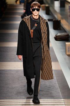Fendi Fall 2018 Menswear Fashion Show Collection