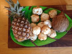 Tropical Macaroon recipe - coconut, pineapple and lime. Only 5 ingredients and just 12 minutes to bake. www.thewobblyjelly.wordpress.com