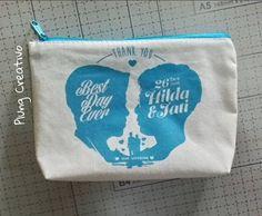 Souvenir pouch Yogyakarta berkualitas dan murah #souvenirjogja #souvenirnikahan more info: http://plungcreativo.com