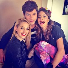 Typical Girl (@Princes2232) | Twitter: Looking beautiful @TiniStoessel @Mechilambre @diegomcea #TwoWords