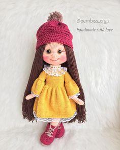 Amigurumi tariflerini sizlerle paylaşmaya devam ediyoruz. Bu yazımızda amigurumi zühre bebek yapımı sizleri bekliyor. Amigurumi organik oyuncaklar. Crochet Doll Pattern, Knit Or Crochet, Crochet Patterns Amigurumi, Crochet Blanket Patterns, Cute Crochet, Baby Knitting Patterns, Doll Patterns, Crochet Toys, Crochet Needles