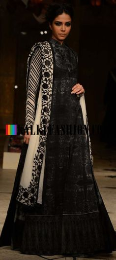 Read about Rohit Bal Collection, and become a style statement. Online Rohit Bal dresses from Kalkifashion. Indian Bridal Fashion, Bridal Fashion Week, Floor Length Anarkali, Rohit Bal, Desi Clothes, Indian Attire, Saris, Mumbai, Asian Beauty