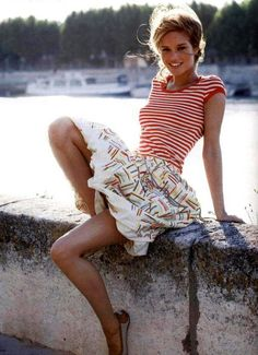 Love her skirt and sailor stripes! Can I please look like her Lingerie Plus Size, Hot Lingerie, Looks Style, Style Me, Hair Style, Look Fashion, Fashion Beauty, Fashion Models, Skirt Fashion
